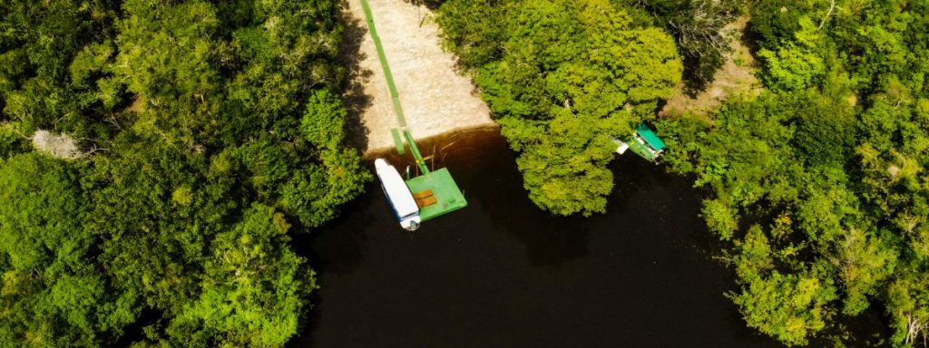 hotel de selva manati lodge no meio da floresta amazônica