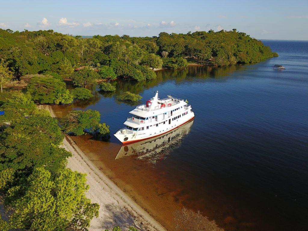 foto aérea barco alter do chão amazonia paraense